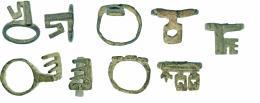 731  -  ROMA. Imperio Romano. Bronce. Lote de 5 anillos llave. Diámetro: 14-18 mm. Procedente de colección privada española años 1970-80.