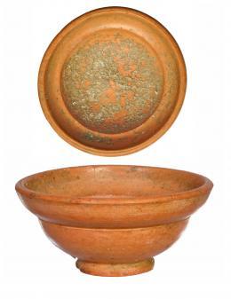 755  -  ROMA. Imperio Romano. Terra sigillata. Copa. Diámetro: 8,4 cm. Altura: 4,3 cm. Procedente de colección privada española años 1970-80.