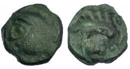 98  -  GALIA. Leucos. Potin (c. 100-50 a.C.). A/ Cabeza a izq. R/ Jabalí a izq., debajo lirio creciendo. LT-9078. BLA-403. SBG-141. MBC-.