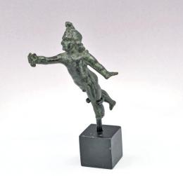 21  -  Antigua Roma Bronce. Figura de Cupido. Siglo II d.C.