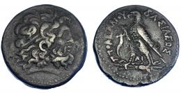 79  -  EGIPTO. Ptolomeo IV (221-205 a.C.). AE-42. A/ Cabeza de Zeus-Amón a der. R/ Águila sobre haz de rayos a izq., delante cornucopia; entre las patas DI; PTOLOMEOY BASILEOS. AE 67,05 g.  COP-199-204. SBG-7841. MBC.