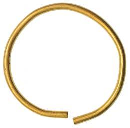 2021  -  HISPANIA ANTIGUA. FENICIO-PÚNICO. Aro (IX-VII a.C). Oro. Peso 37,1 gr. Diámetro 6,1 cm.