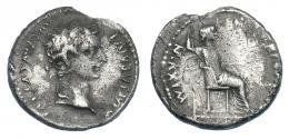 3026  -  TIBERIO. Denario. Lugdunum (36-37). R/ Livia entronizada a der., patas lisas y trono sobre dos líneas. RIC-25. Rotura al borde. BC+.