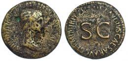 3030  -  AGRIPINA (bajo Claudio I). Sestercio. Roma (c. 50-54). A/ Cabeza de Agripina la Mayor a der.; AGRIPPINA M F GERMANICI CAESARIS. R/ SC, alrededor TI CLAVDIVS CAESAR AVG GERM P M TR P IMP P P. RIC-102. Fuertes erosiones. RC/BC+.