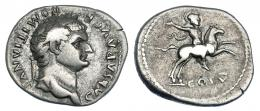 3034  -  DOMICIANO. Denario. Roma (79 d.C.). R/ Jinete a der.; COS V. RIC-242. MBC-/BC+.