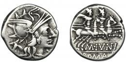 37  -  JUNIA. Denario. Roma (145 a.C.). A/ Cabeza de asno detrás de la cabeza de Roma. R/ Ley. MIVNI. AR 3,48 g. 18,2 mm. CRAW-220.1. FFC-778. MBC-.