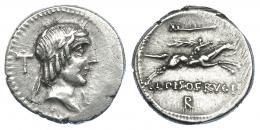 2159  -  REPÚBLICA ROMANA. CALPURNIA. Denario. Roma (90 a.C.). A/ Detrás de la cabeza de Apolo T, debajo I. R/ Encima símbolo, debajo R. AR 3,89 g. 18,4 mm. CRAW-340.1. FFC-286. Vanos de acuñación. MBC+.
