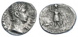 2180  -  PERIODO DE JULIO CÉSAR A AUGUSTO. Augusto. Denario. Lugdunum (11-10 a.c.). R/ Diana con lanza, escudo y perro a su izq.; IMP-XII SICIL. AR 3,70 g. 18,1 mm. RIC-182. FFC-129. Raya en anv. Superficies erosionadas. BC. Escasa.