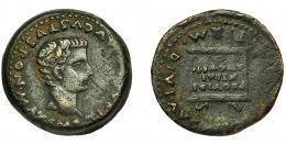 2040  -  HISPANIA ANTIGUA. ITALICA. Tiberio. As. A/ Cabeza desnuda a der. R/ Altar con inscripción PROVINDE/NTIAE / AVGVSTI.; PERM DIVI AVG (MVNIC ITALIC). AE 13,3 g. 28,6 mm. I-1593. RPC-65, APRH-65. Rayitas en anv. Vanos. MBC-.