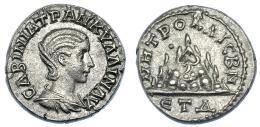 564  -  IMPERIO ROMANO. TRANQUILINA (esposa de Gordiano III). Cesarea (Capadocia) (240-241). Dracma. A/ Busto drapeado a der.; CABINIA TPANKY-LLINAY. R/ Monte Argeo, a la izq. glóbulo; MHTPO KAICBN, en exergo ETD (delta), 4ª año de reinado. RPC-VII.2.67949 (prov.). Muy rara en esta conservación. EBC.