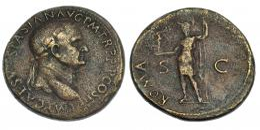 9  -  Sestercio. Vespasiano. Roma, 71 d.C. R/ Roma en pie con lanza y sujetando victoria. RIC-443. Porosidades. Bonito retrato. MBC/BC.