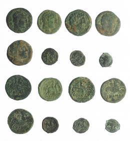 12  -  HISPANIA ANTIGUA. Lote de 8 bronces: 7 ibéricos del Valle del Ebro y uno de Massalia. RC/BC+.