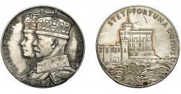 931  -  MONEDAS EXTRANJERAS. GRAN BRETAÑA. Medalla. Jorge V. 1910-1936. Jubileo. R/ Castillo de Windsor. AR 32 mm. Rayitas. EBC-.