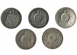 1027  -  COLECCIÓN DE RESELLOS. GUATEMALA. Resello bifacial de Guatemala sobre un peso de Chile 1877 y 4 sobre un sol de Perú 1879, 1889, 1893 y 1894. Total 5 piezas. De MBC- a MBC+.