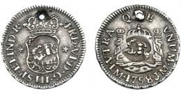 1041  -  COLECCIÓN DE RESELLOS. JAMAICA. 5 peniques. Resellos bifacial GR dentro de círculo incuso sobre 1/2 real 1758 Lima JM. KM-1.3. Agujero. MBC+.