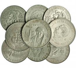1121  -  MONEDAS EXTRANJERAS. MÉXICO. Lote de 9 monedas: 5 pesos 1953 (KM-468), 10 pesos 1957 (KM-475), 10 pesos 1960 (KM-476), 25 pesos 1972 (KM-480), 25 pesos 1968 (3: KM 479.1 y 1 KM 479.2); 5 pesos 1957 (KM-470) y 1959 (KM-471). De EBC- a SC.