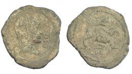 283  -  HISPANIA ANTIGUA. URSO. Plomo monetiforme. A/ Cabeza diademada con ínfulas a der., delante VRSONE con línea. R/ Esfinge a der., debajo L A(P) DEC.  Pb 24,63 g. 38 mm. CCP-p. 16, 2. BC.