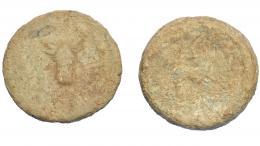 289  -  HISPANIA ANTIGUA. Plomo monetiforme. Serie de las minas. A/ Cabeza frontal de toro, alrededor láurea. R/ Toro a der. Pb 118,05 g. 50 mm. CCP-anv. sim. a p. 28. BC-/RC.