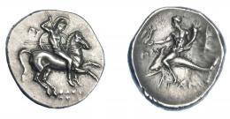 319  -  GRECIA ANTIGUA. CALABRIA. Tarento. Didracma (280-272 a.C.). A/ Jinete con tres lanzas y escudo a der.; EY detrás, SWSTR/ATOS debajo. R/ Taras con Nike y cornucopia sobre delfín a izq.; POLU a izq., haz de rayos a der.; TARAS. AR 6,54 g. 22,5 mm. COP-no. SNG ANS-1084ff. SBG-365. EBC-. Ex col. Guadán 1381.