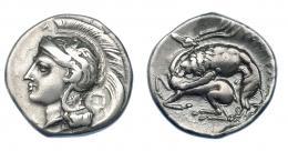 339  -  GRECIA ANTIGUA. LUCANIA. Velia. Didracma (c. 280 a.C.). A/ Cabeza de Atenea a izq. con casco decorado con grifo, encima A; en la nuca cuadrado incuso. R/ León atacando ciervo a izq. AR 7,60 g. 21,4 mm. COP-1591 vte. SBG-453. MBC. Ex col. Guadán 1454.