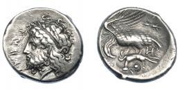 347  -  GRECIA ANTIGUA. BRUTTIUM. Locros. Estátera (400-350 a.C.). A/ Cabeza laureada de Zeus a izq. R/  Águila a izq. con alas desplegadas, sosteniendo liebre con sus garras, a la der. haz de rayos. AR 7,70 g. 21,5 mm.  COP-1859. SBG-486. MBC. Rara. Ex col. Guadán 1498.