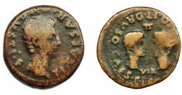 1011  -  HISPANIA ANTIGUA. ACCI. Dupondio. Tiberio. A/ Cabeza de Augusto a der.; TI CAESAR AVGVSTI F. R/ Cabezas afrontadas de Germánico y Druso, en medio II/VIR; (GERMANI)CO ET DRVSO CAES G I C(A). AE 18,52 g. 32,4 mm. I-37. APRH-137. ACIP-3005. BC+. Ex Áureo, 8-3-1994, lote 214.