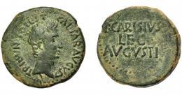 1361  -  HISPANIA ANTIGUA. EMERITA. Augusto. As. A/ Cabeza a der.; CAESAR AVGVS TRIBVN POTEST. R/ P CARISIVS/ LEG/ AVGVSTI. AE 13,73 g. 29,4 mm. RIC-24. I-987. ACIP-4436n. Pátina verde. MBC-.