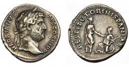 175  -  IMPERIO ROMANO. ADRIANO. Denario. Roma (134-138). R/ Adriano a izq. dando la mano a Hispania arrodillada a der. con rama de olivo; RESTITVTORI. HISPANIAE. AR 2,99 g. 17,8 mm. RIC-1584. MBC. Ex Hervera 19-5-1994.