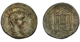195  -  IMPERIO ROMANO. SEPTIMIO SEVERO. AE 30. Neocaesarea (Ponto). (CY=146; 209-210 d.C.). R/ Templo tetrástilo con estatua. COP-no. Von Aulock-100. Anv. ligeramente descentrado. MBC+.