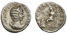 197  -  IMPERIO ROMANO. JULIA DOMNA. Antoniniano. Roma (216). R/ Venus sentada a izq.; VENVS GENETRIX. AR 4,48 g. 21,17 mm. RIC-388a. MBC-. Escasa.