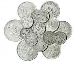 386  -  MONEDAS EXTRANJERAS. PORTUGAL. Lote de 17 monedas: 8 de 2'5 escudos de 1932 a 1048; 2 de 5 escudos 1933 y 1960; 2 de 10 escudos 1932 y 1954; 1 de 20 escudos 1953 y 3 de 1966; 50 escudos 1968. De BC+ a SC.