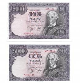 430  -  BILLETES ESPAÑOLES. BANCO DE ESPAÑA. Lote de dos billetes de 5000 Pesetas. 1976. Sin serie y serie N. ED- E1Y1a. SC.
