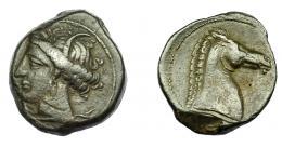 93  -  GRECIA ANTIGUA. ZEUGITANIA. Cartago. Calco (300-264 a.C.). A/ Cabeza de Tanit a izq. R/ Cabeza de caballo a der. AE 5,59 g. 19,89 mm. COP-149. MBC-/MBC.