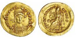 152  -  TEODOSIO II. Sólido. Constantinopla (441-450). R/ IMP XXXXII COS XVII P P. RIC-321. Pequeñas marcas. MBC+.