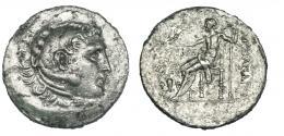 54  -  EÓLIDA. Temnos. Tetradracma a nombre de Alejandro III. R/ Delante de Zeus jarra rodeada de vides y monograma. AR 16,01 g. SBG-4226. Superficies erosionadas. MBC.