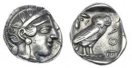 55  -  ÁTICA. Atenas. Tetradracma. A/ Cabeza de Atenea con casco decorado a der. R/ Lechuza en cuadrado incuso. AR 17,10 a. SBG-2520. MBC.