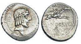 71  -  CALPURNIA. Denario. Roma (90-89 a.C.). A/ Detrás de la cabeza LXXXI. R/ Encima del jinete III, debajo L. FRVGI  y ROMA en monograma. CRAW-340.1. FFC-240. EBC-/MBC+.