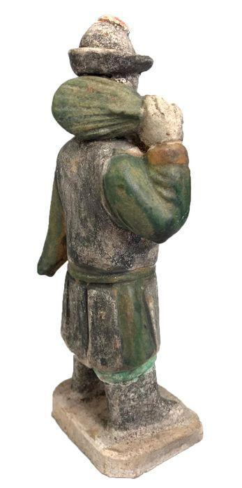 Antigua China Terracota Figura de hombre de cortejo. DinastÃ